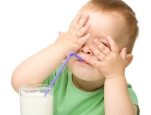 bebe-leite-1347300619369_615x470
